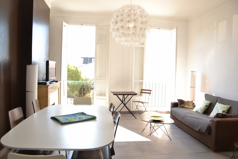Appartement meubl� 2 chambres - MARSEILLE  13001