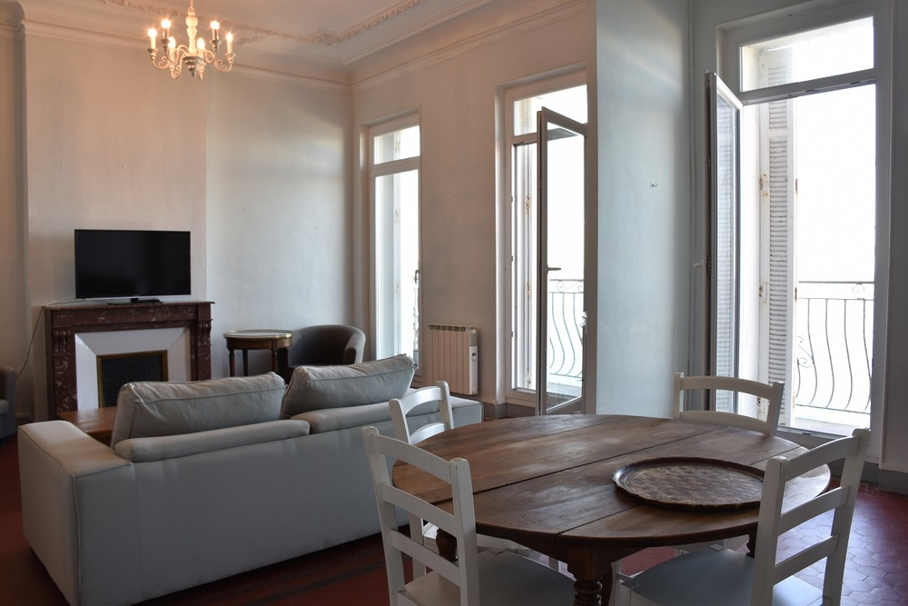 Appartement meubl� 3 chambres - MARSEILLE  13007