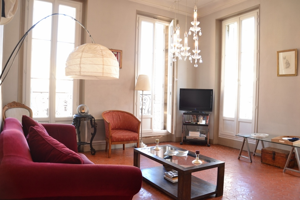 Appartement meubl� 3 chambres - Marseille  13001