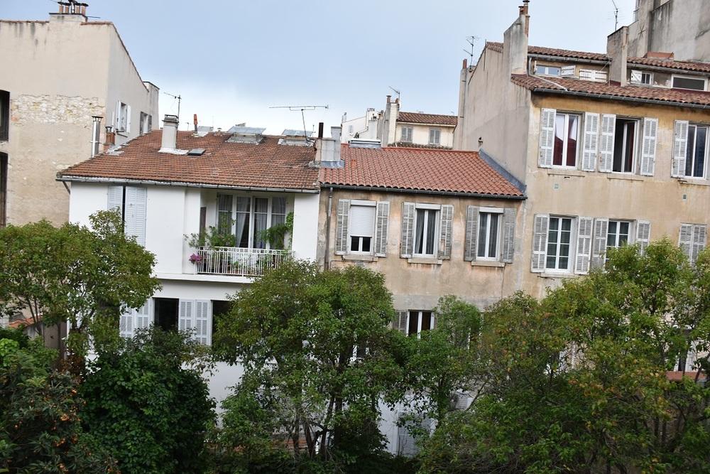 White - Marseille 13006
