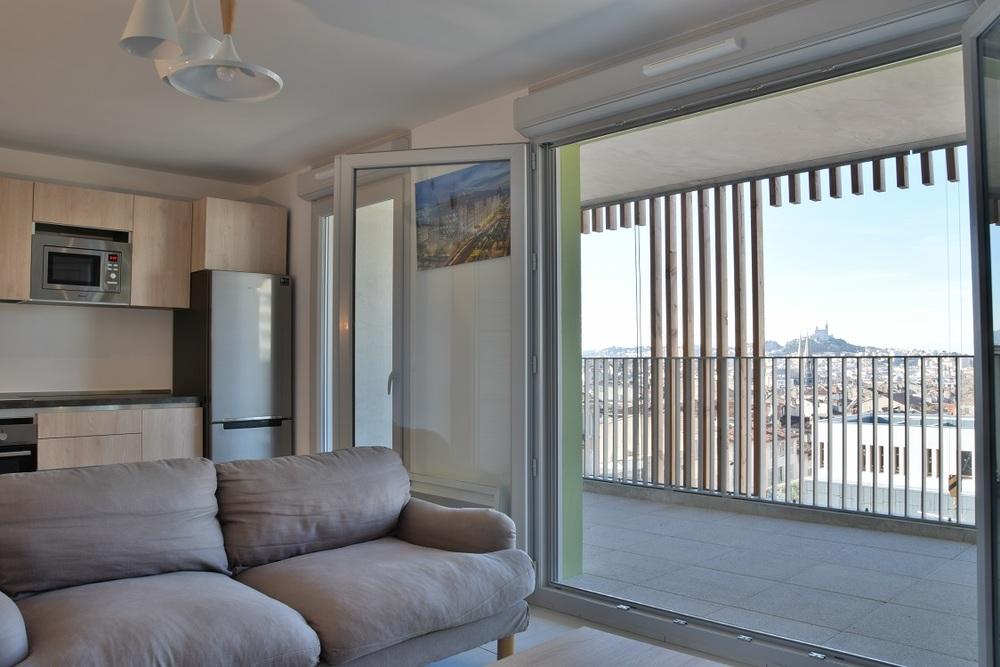 - Marseille  13001