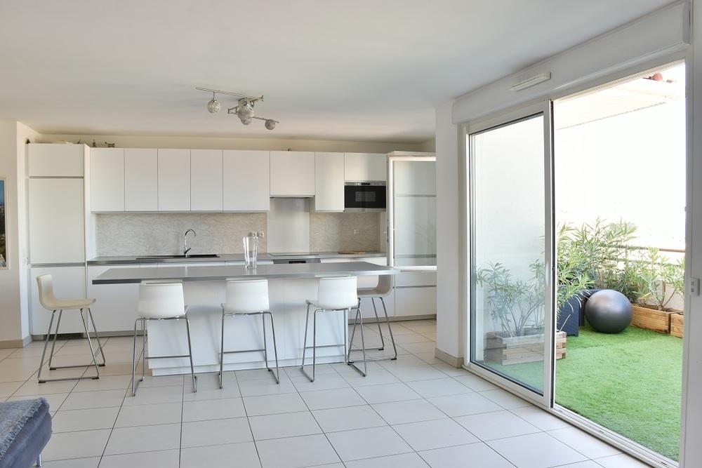 Appartement meublé 3 chambres - Marseille  13007